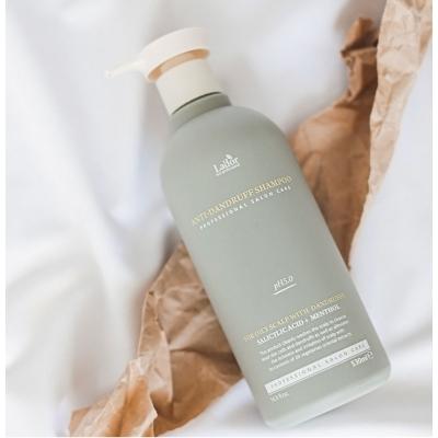 Lador Anti Dandruff Shampoo Слабокислотный шампунь от перхоти